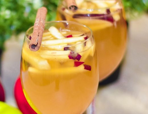 Apple mocktail